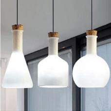 שלושה מנורת מילק