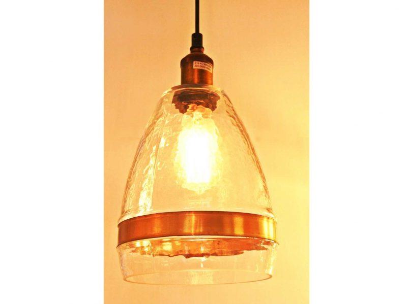 מנורה שקופה בצורת משולש