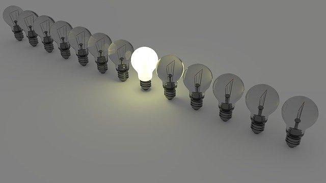 תאורת לד או תאורה רגילה – מה באמת עדיף?